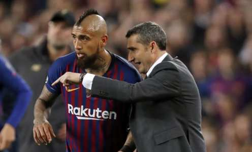 Inter CEO Hints Arturo Vidal Transfer Hinges on Whether Ernesto Valverde is Sacked By Barcelona