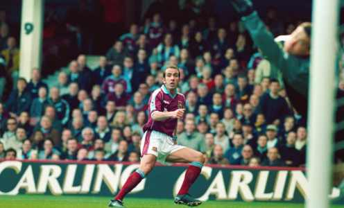 On This Day in Football History – March 26: Di Canio's Scissor Kick, Beckham Earns 100th Cap & More