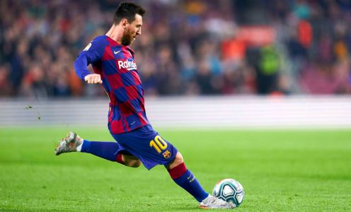 Doctor Explains a Medically Bonkers Facet of Lionel Messi's Free Kick Technique