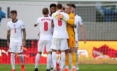 Bad Day at the Office for England Stars Offers Bench Boys Chance to Stake a Claim