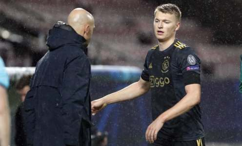 Liverpool 'Offer €30m' for Ajax Starlet Perr Schurrs