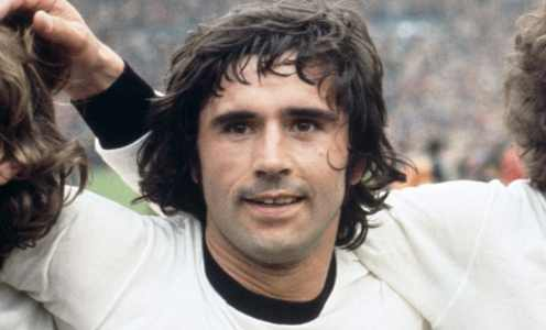 Bayern Munich and Germany legend Gerd Muller passes away aged 75