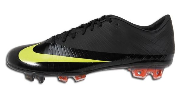 official photos 22e54 8c9d2 Nike Mercurial Vapor Superfly Ready for Re-release | Soccer ...