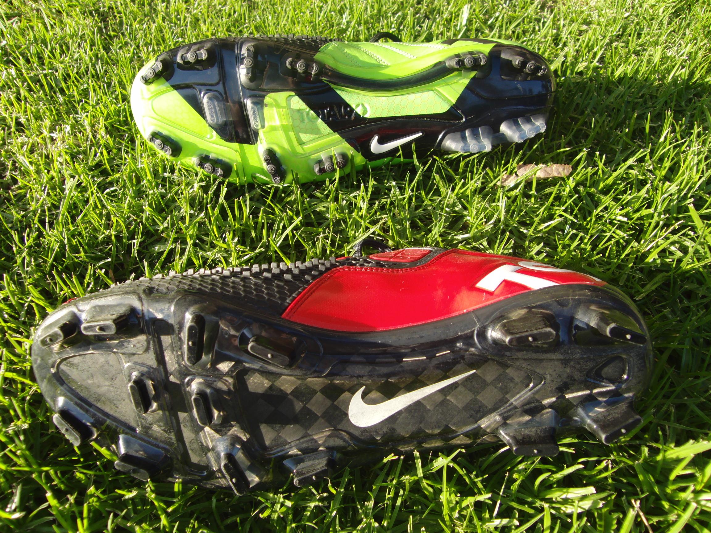 Nike T90 Laser vs Elite III Nike T90 Elite sole (2)