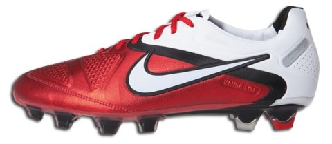 New Nike CTR360 Maestri