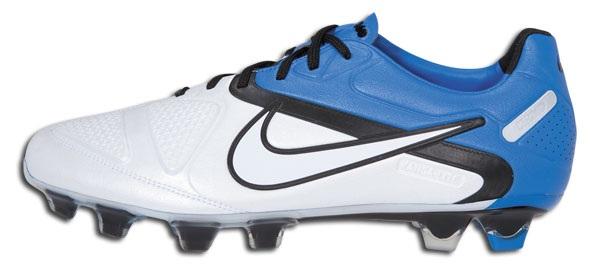 Cheap Nike CTR360 Maestri II in White Blue Spark 3c712b8c53b34