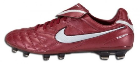 Team Red Nike Tiempo Legend