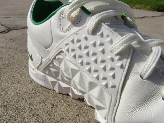 Nike5 Gato Street Side detail