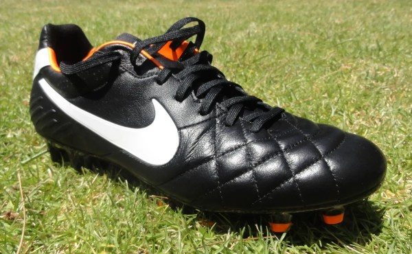 Turbina Serena Abolito  Nike Premier - What Does it Mean For The Tiempo Legend? | Soccer Cleats 101