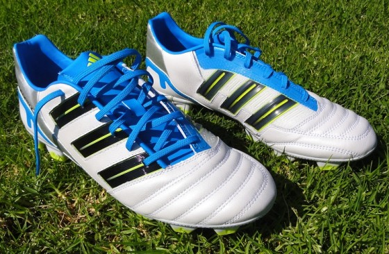 reputable site 23d74 b01a4 Adidas Predator Absolion in Running White