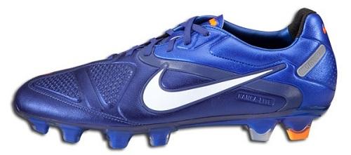 Nike CTR360 in Blue