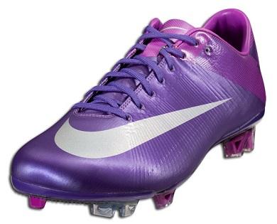 Nike Superfly III in Court Purple