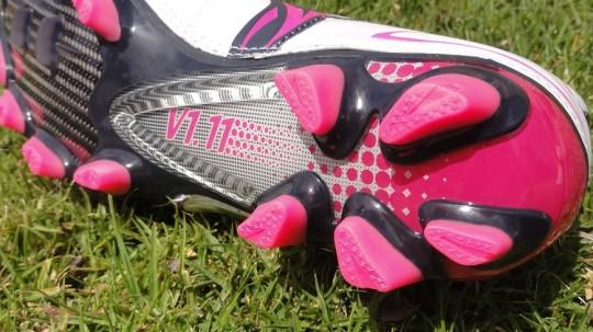 White Pink V1.11 Stud