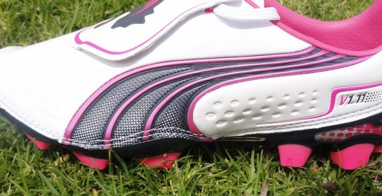 f9681be85cc1 Puma V1.11 in White Fluo Pink Released