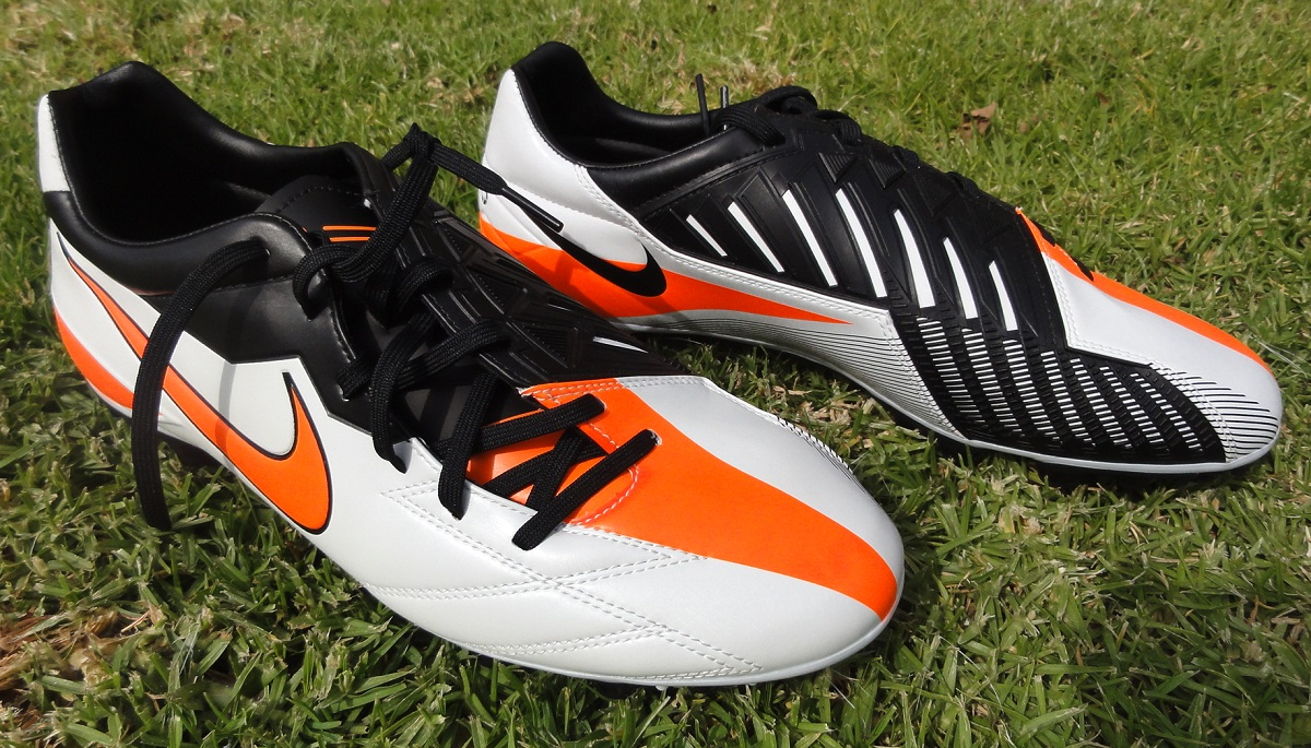 For most players that can't afford to buy high end boots, the Nike T90  Strike IV seems to be one of the next best options. Built as an identical  looking ...
