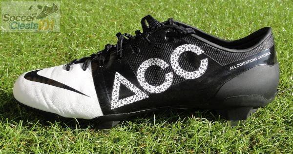Nike GS II ACC