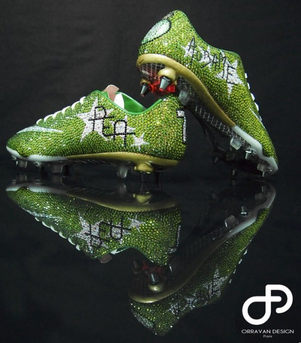 Crystal Nike Vapor VIII