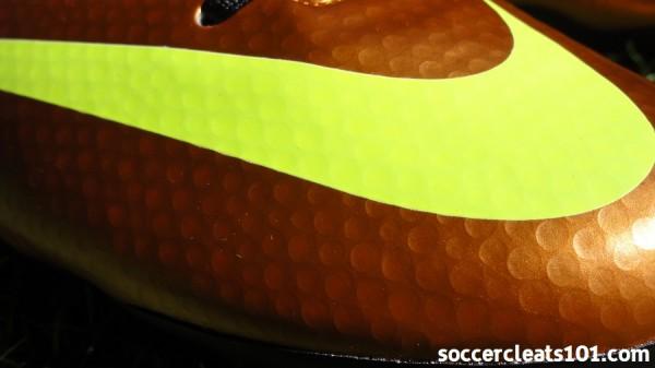 Nike Victory IV Dimpled Upper