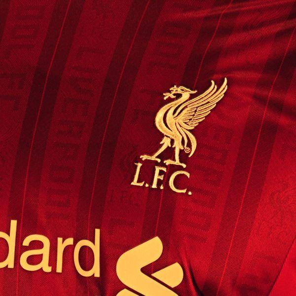 Liverpool Jersey 2013 Crest