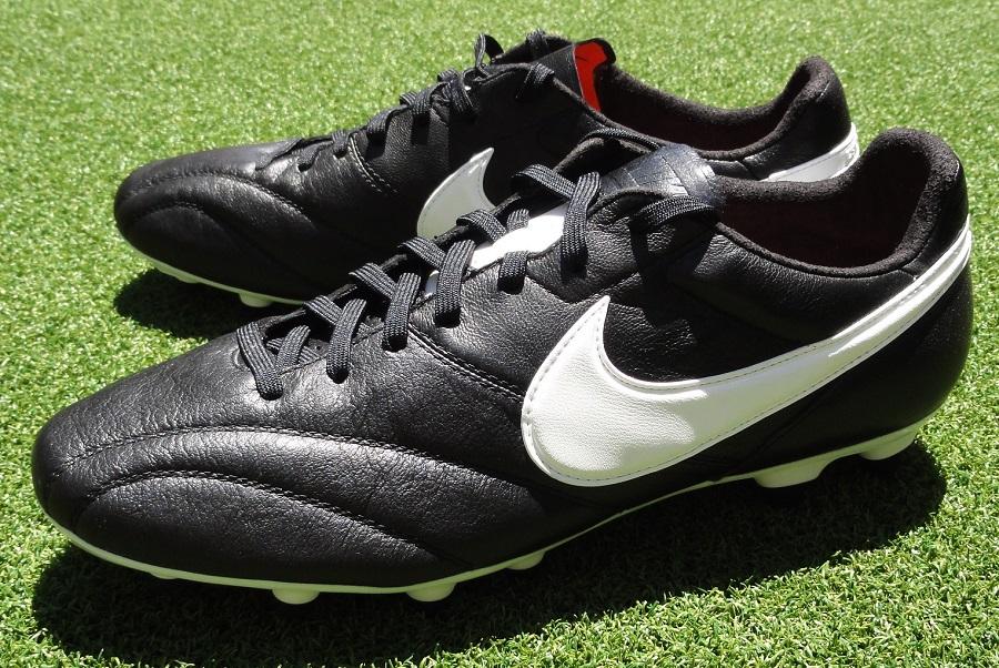 Nike Premier vs Tiempo