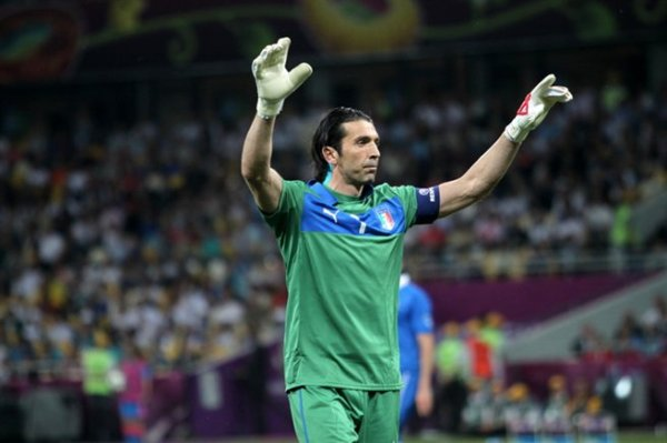 Gigi Buffon wears Puma