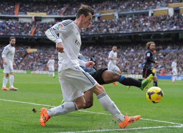 Bale in Samba adiZero