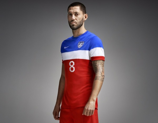 Clint Dempsey in USA 2014 Away
