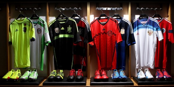 mi adidas World Cup Fed Kits