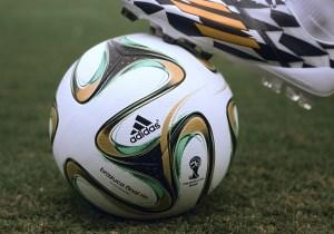 Adidas Brazuca Rio
