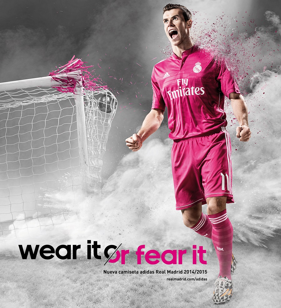 buy popular 2d414 2e48b Gareth Bale in Pink Real Madrid Jersey | Soccer Cleats 101