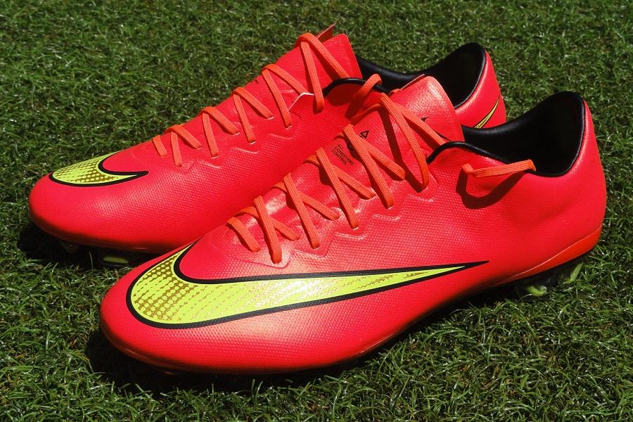 New Womens Nike Nike Nike Magista Obra II FG Soccer Cleats Size