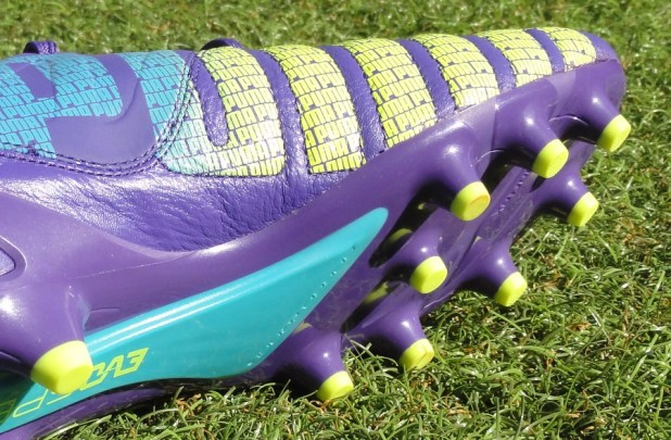 evoSPEED 1.3 Leather Stud Configuration
