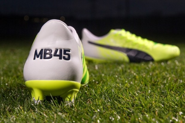 MB45 PUMA evoACCURACY Limited Edition Balotelli