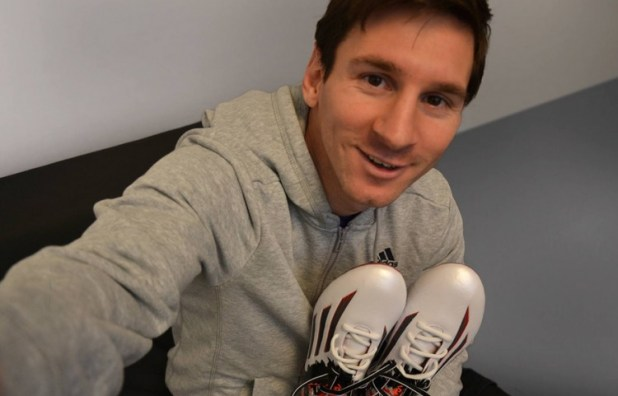 Messi with Pibe de Barr10