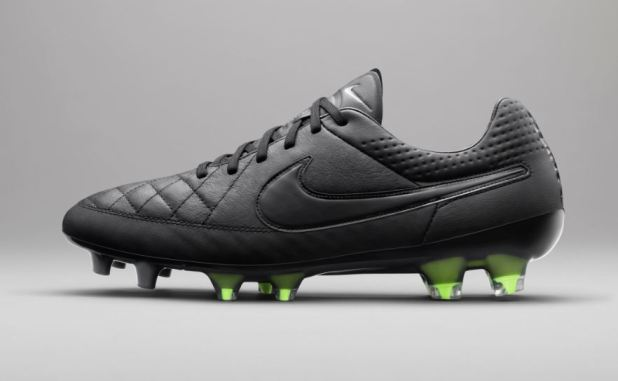 Tiempo legend Academy Black Pack