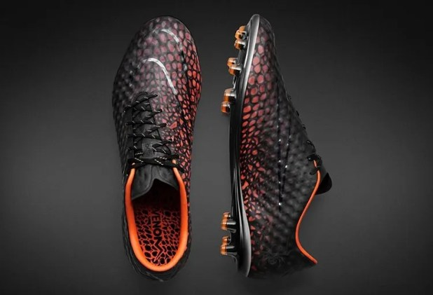 Hypervenom Phantom Transform Heat Activated