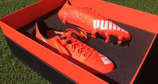 Puma evoSPEED 1.4 SL Presentation Case