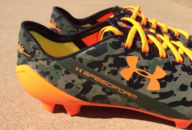 UA Speedform Camo Heel