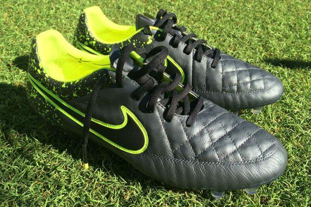 Nike Tiempo legend V Black