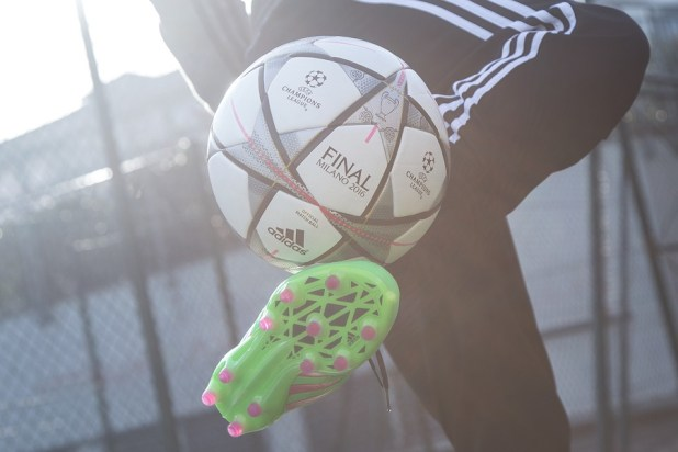 adidas Finale Milano Play