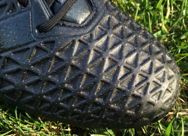 Fluid Black Ace Upper Detailed