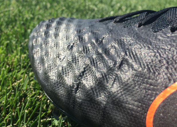 Pitch Dark Magista Obra 2 Textured Upper