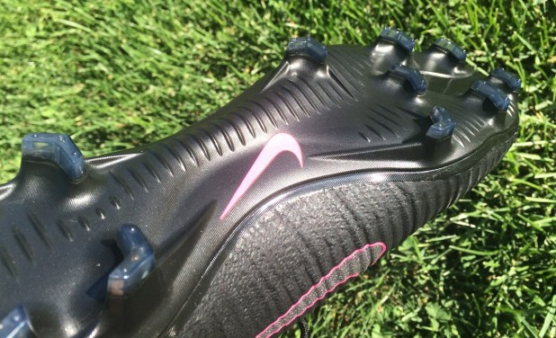 Pitch Dark Superfly V Soleplate