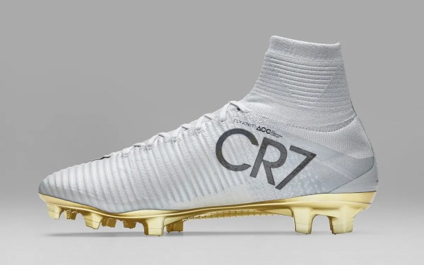 6f87105e616 Nike Cr7 Price In India Cr7 Cleats Gold Gold White