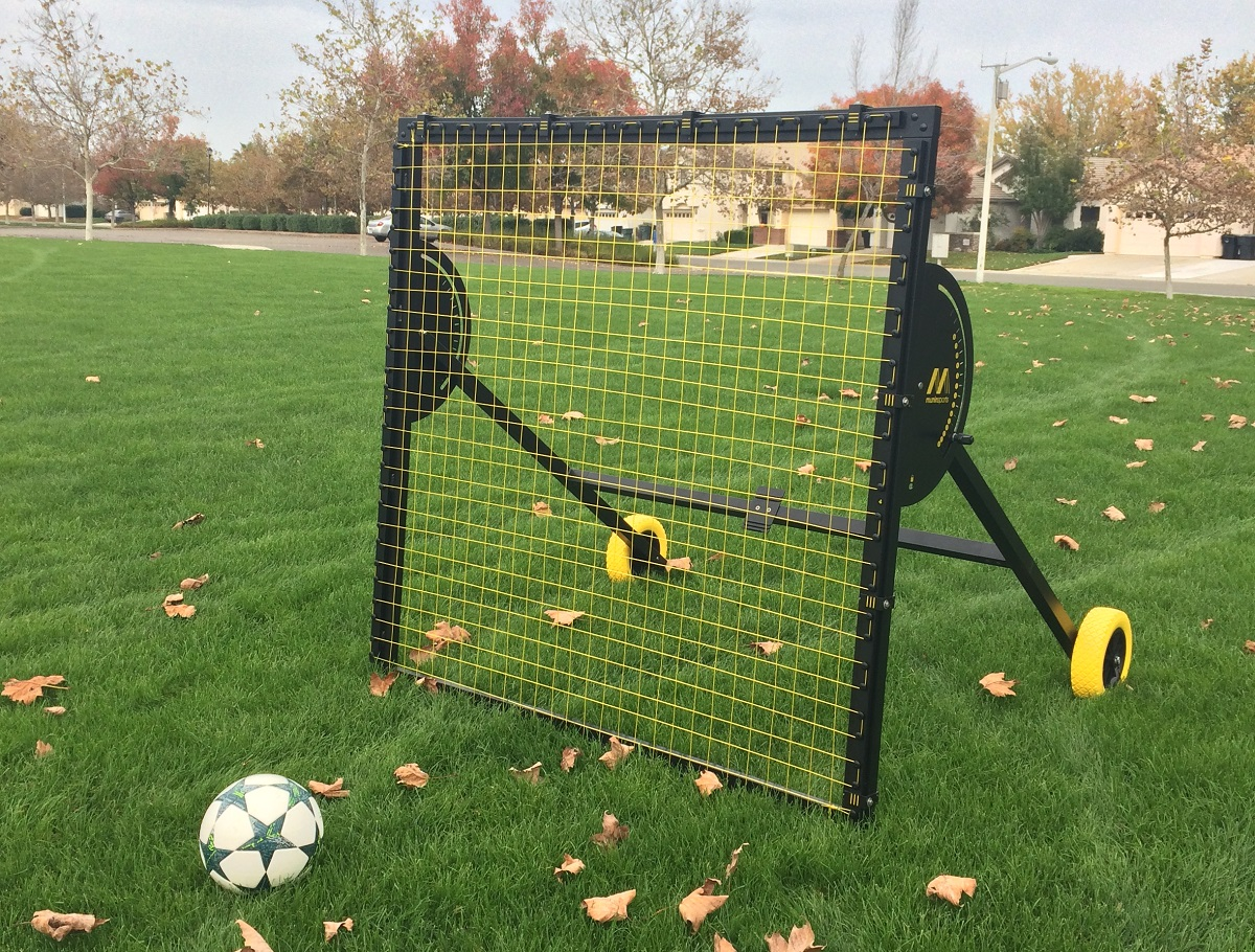 Munin m-station Talent Original Rebounder Review | Soccer Cleats 101