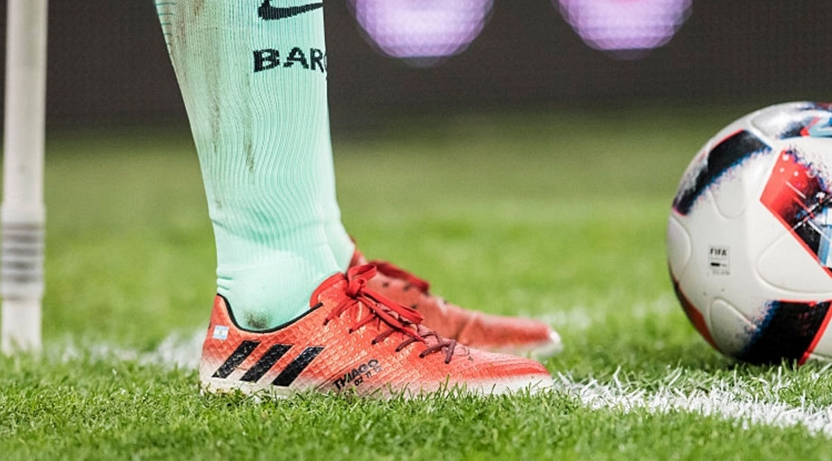 melodía abajo instalaciones  What Boot is Lionel Messi Actually Wearing Right Now? | Soccer Cleats 101
