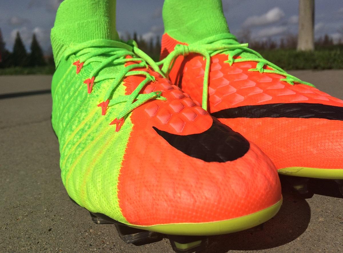 5cb2525e8 Nike Hypervenom Phantom 3 DF - Boot Review | Soccer Cleats 101