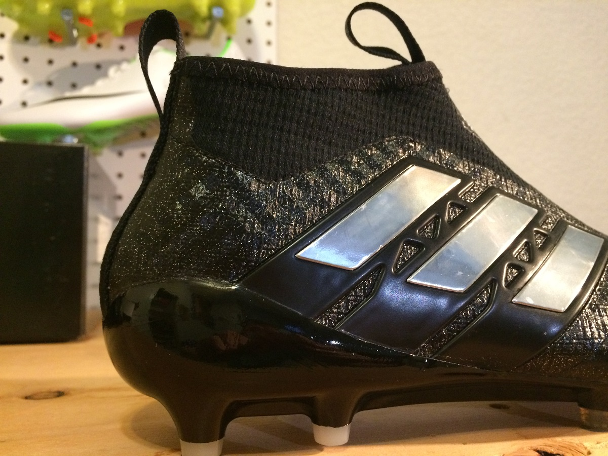 new arrival 3cac6 5d32a adidas ACE17+ Purecontrol - Laceless Boot Review | Soccer ...