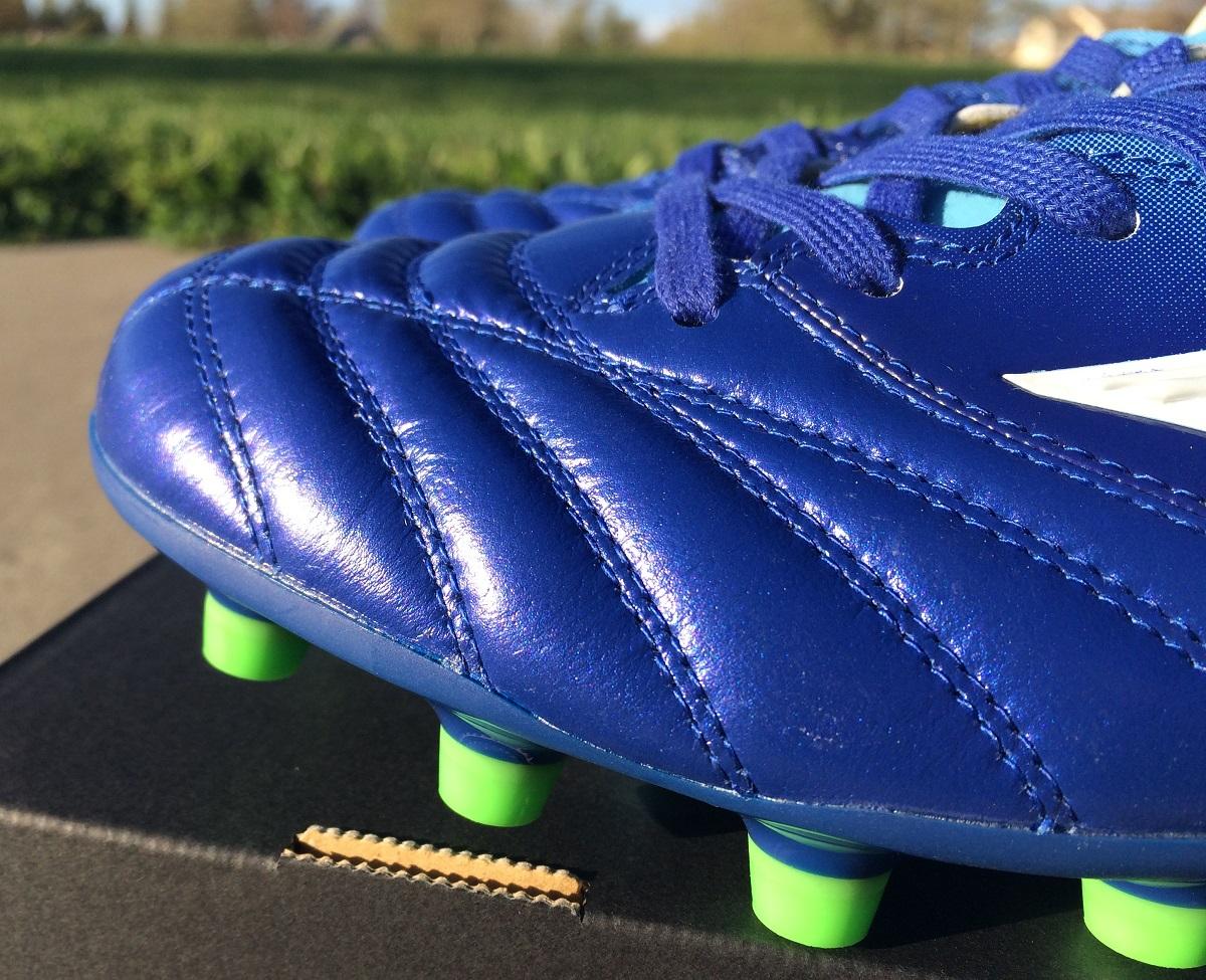 dfb8be13b8b1 Up Close - Mizuno Morelia Neo in Mazarine Blue | Soccer Cleats 101