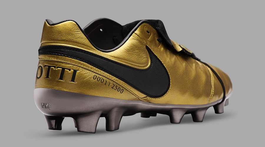 923396d23 Nike Tiempo Legend SE Totti X Roma - Now Available!